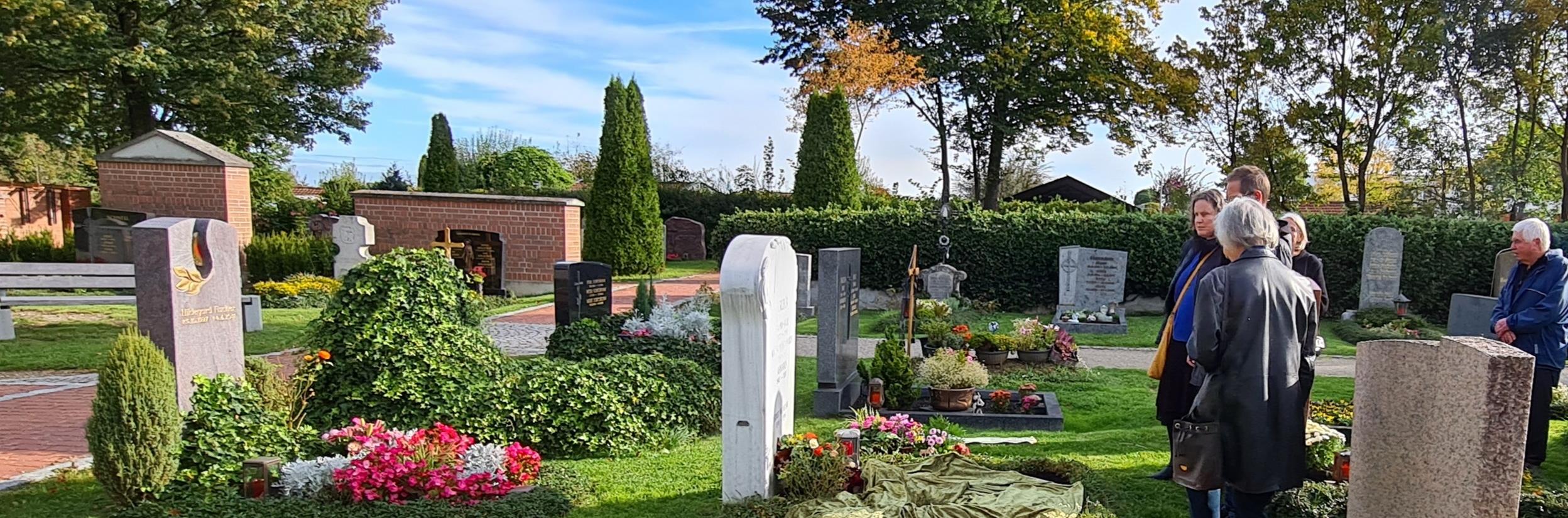 Urnenbeisetzung in Haimhausen - Trauerfeier mit Christian G. Binder
