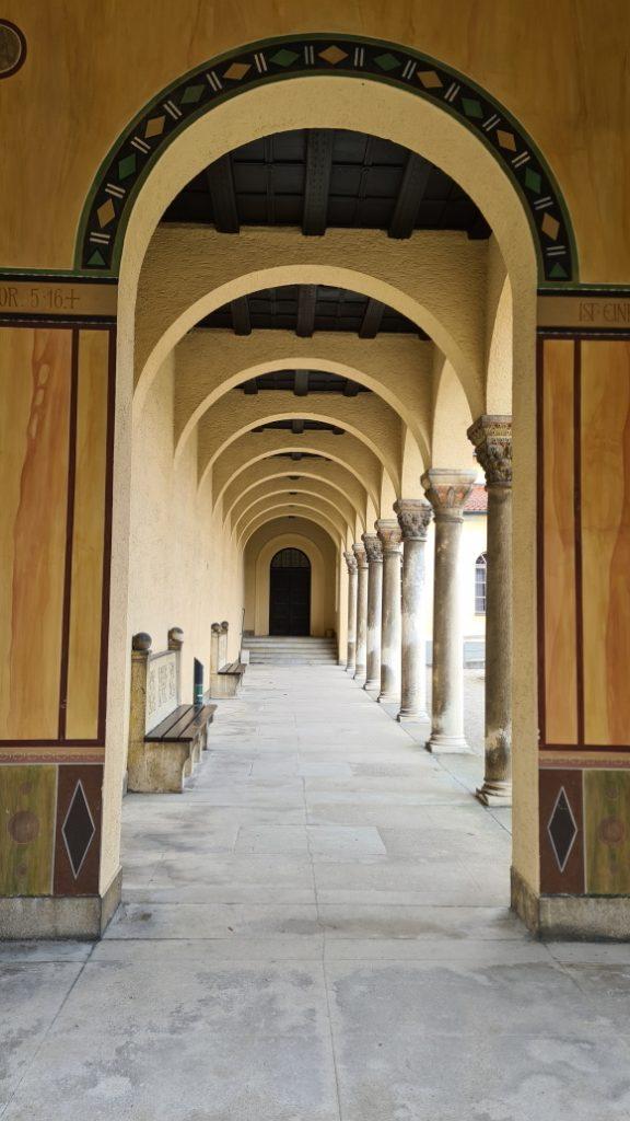 Säulengang Nordfriedhof München